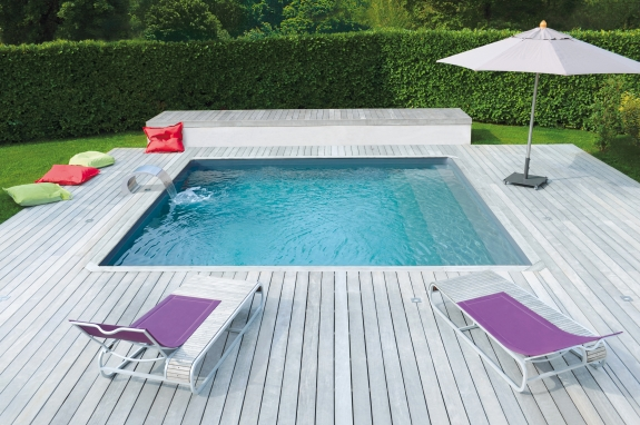 plancher bois exterieur pour piscine menuiserie. Black Bedroom Furniture Sets. Home Design Ideas