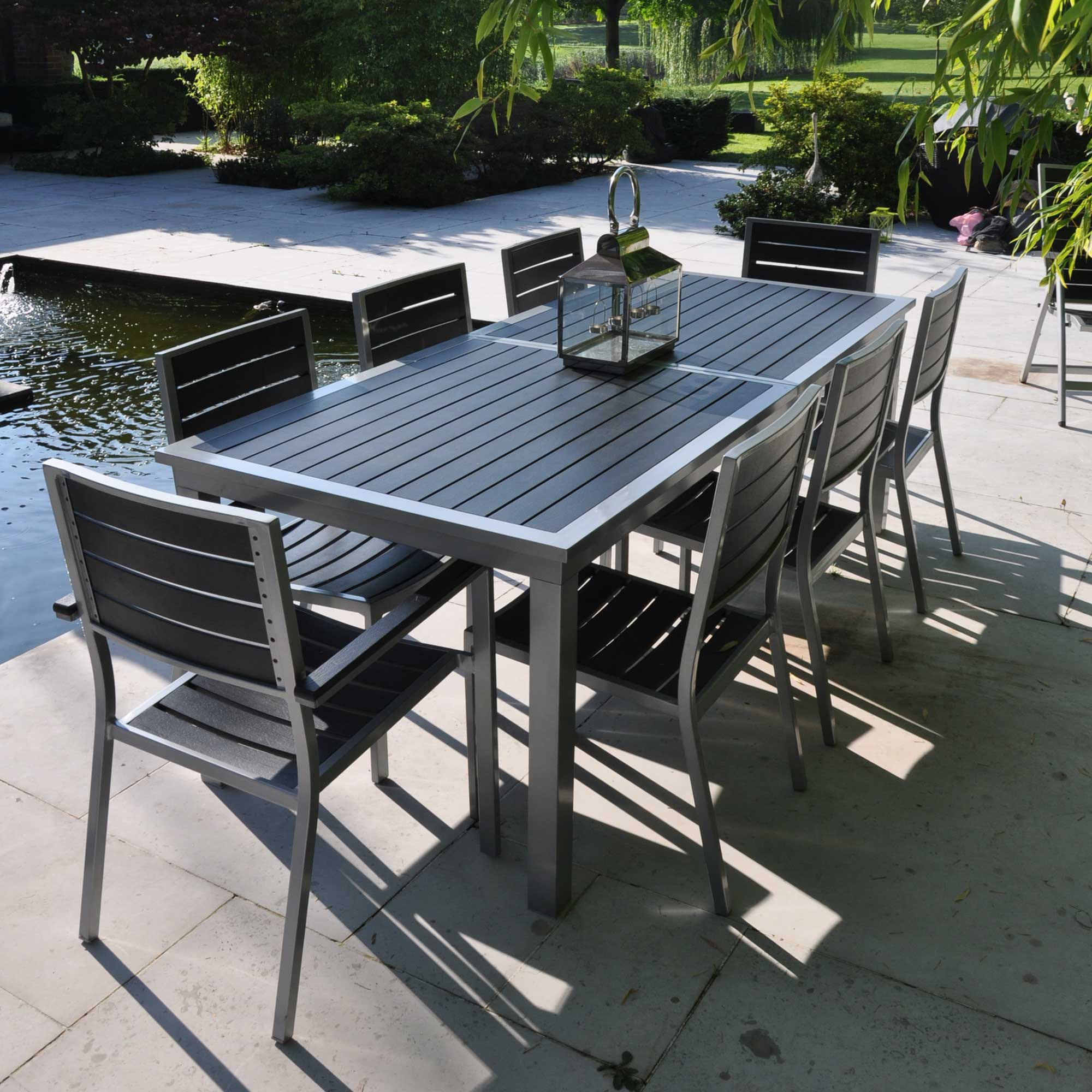 ensemble table et chaise de jardin aluminium menuiserie. Black Bedroom Furniture Sets. Home Design Ideas
