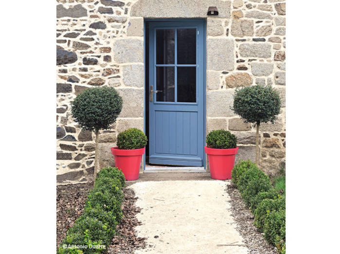 Amenager son entree exterieur menuiserie for Deco porte maison