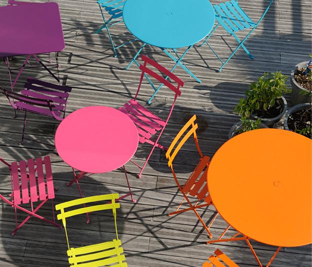 Table jardin metal couleur - Menuiserie