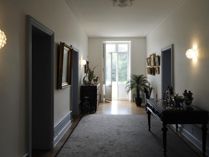 d coration hall d entr e d immeuble menuiserie. Black Bedroom Furniture Sets. Home Design Ideas