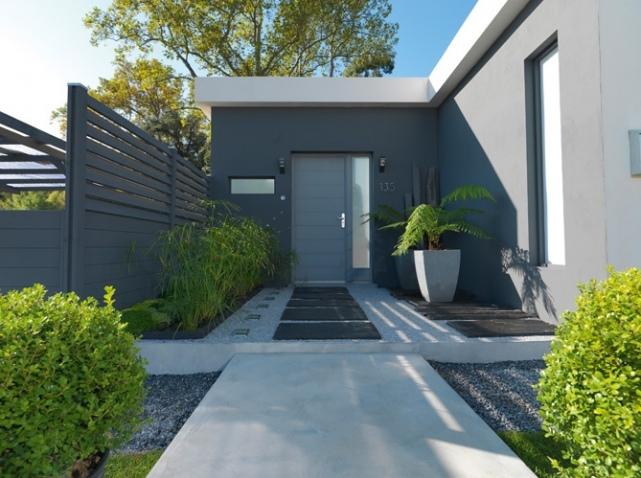 amenager son entree exterieur de maison menuiserie. Black Bedroom Furniture Sets. Home Design Ideas